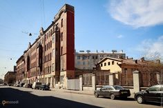 Дом-стена на ул.Боровой – #Россия #Санкт_Петербург (#RU_SPE) Странный дом, который с определенных углов выглядит абсолютно плоским.  #достопримечательности #путешествия #туризм http://ru.esosedi.org/RU/SPE/1000047424/dom_stena_na_ul_borovoy/