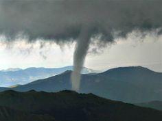 Twitter / weatherchannel: **MUST SEE** Rare Tornado on ...