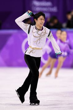 Yuzuru Hanyu Photos - Yuzuru Hanyu of Japan reacts after competing during the Men's Single Free Program on day eight of the PyeongChang 2018 Winter Olympic Games at Gangneung Ice Arena on February 17, 2018 in Gangneung, South Korea. - Figure Skating - Winter Olympics Day 8