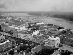 Rok 1905 Bratislava, Paris Skyline, Dolores Park, Country, Places, Travel, Beautiful, Viajes, Rural Area