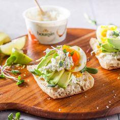 Avocado toast au Boursin Onctueux Ail & Fines herbes