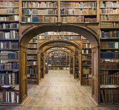 Reinhard Görner pasa casi 10 años fotografiando las bibliotecas más bellas del mundo