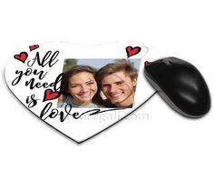 grafica con cuori su mouse pad cuore