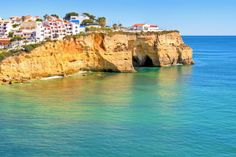 We selected the best #lastminutes in the #Algarve for next month for you. Sorted by discount. You can find them here.  – All #lastminutes next month in the...