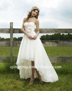 sweetheart wedding dress with asymmetrical hem. cute waist.