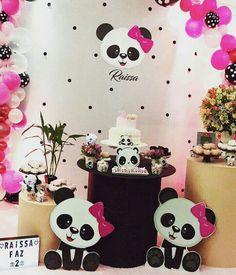 Panda Themed Party, Panda Birthday Party, Panda Party, 3rd Birthday Parties, Diy Birthday Decorations, Balloon Decorations, Baby Shower Decorations, Fete Emma, Panda Baby Showers