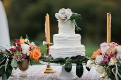 Rustic Country Romance on WellWed.com | Coordination: Today's Sweet Weddings | Photography: Raelene Schulmeister Photography