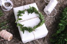 kerstcadeautje-wit-inpakpapier