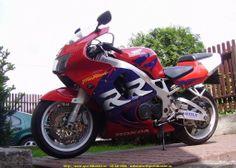 1998 CBR 900 RR Honda Fireblade, Honda Cbr 600, Hot Bikes, Honda Motorcycles, Racing, Sport, Cool Pictures, Life, 4 Wheelers
