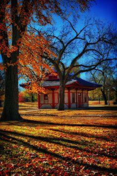 Riverside Park, Wichita, Kansas by nita
