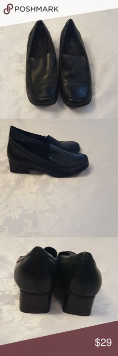 d7d014b3273 Bass leather Shoes Hardly worn. Bass Shoes Flats   Loafers Bass Shoes