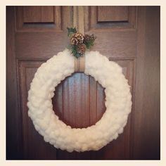 DIY cotton ball winter wreath - this is just darling!
