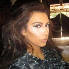 Kim Kardashian face contouring tutorial I've ever seen. Beauty Make-up, Beauty Secrets, Beauty Hacks, Fashion Beauty, Hair Beauty, Beauty Tips, Fashion Bags, Love Makeup, Makeup Tips