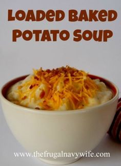 Loaded Baked Potato Soup Recipe - Easy weeknight meal it's very filling and the whole family will love it! This Loaded Baked Potato Soup is comfort food at its best-two classic cold-weather foods combined to warm you from the inside out. Soup Recipes, Cooking Recipes, Recipies, Easy Recipes, Skillet Recipes, Cooking Gadgets, Dessert Recipes, Loaded Baked Potato Soup, Easy Potato Soup