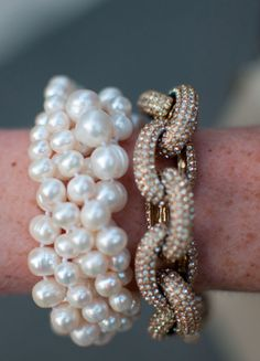 Pearls are always the perfect wrist bling for the weekend!