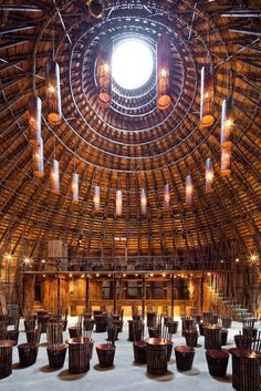 interior, Wind and Water Bar by architects Vo Trong Nghia built with bamboo (a fast-growing renewal resource), without a single nail, Binh Duong Province, Vietnam Bamboo Architecture, Landscape Architecture Design, Space Architecture, Amazing Architecture, Creative Architecture, Luminaria Diy, Bamboo Building, Bamboo Structure, Roof Structure
