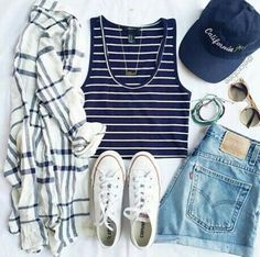 Light blue denim high waisted shorts on the hunt Outfits With Converse, Sporty Outfits, Casual Summer Outfits, Outfits For Teens, Spring Outfits, Cute Outfits, Fashion Outfits, Womens Fashion, White Converse