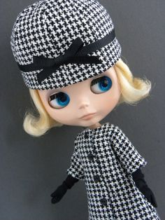 New coat and hat by lemieuxdoll, via Flickr