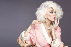 Carmen Dellorifice, Carmen Dell'Orefice Style, 50 Year Old Women Fashion, Dellorefice Model, Carmen Of Goldsmith, Dellorefice Timeless, Dellorefice ...