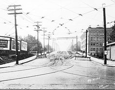 vancouver streets 1929. http://nineoclockgunblog.wordpress.com/