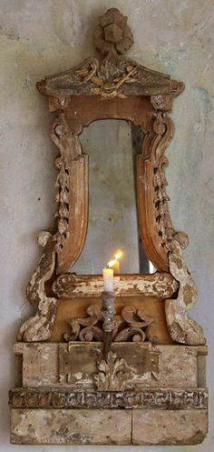 Antique Mirror-French Country Look! Chandelier Bougie, Chandeliers, Interior Flat, Decoration Baroque, Vintage Mirrors, Vintage Clocks, Beautiful Mirrors, French Country House, Through The Looking Glass