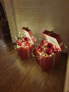 Outdoor Christmas, Rustic Christmas, Simple Christmas, Winter Christmas, Christmas Holidays, Easy Christmas Decorations, Christmas Centerpieces, Christmas Wreaths, Christmas Projects
