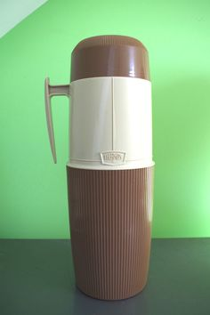Vintage Two Tone Wide Mouth Thermos One Quart Size by retrowarehouse on Etsy 1960s, Vintage, Etsy, Shop, Sixties Fashion, Vintage Comics, Store