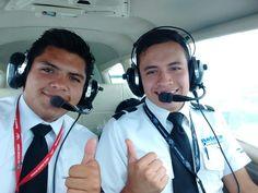 Salvador piloto privado
