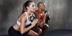 Elsősorban azon múlik alakod, hogy nem viszel be több kalóriát, mint amennyire a szervezetednek a nap során szüksége van. Hogy hamarabb elérd a célod és produktívabban dolgozhass, hoztunk neked néhány olyan gyakorlatot, amivel elő tudod segíteni a zsírbontás folyamatát, miközben formásodsz!Elemei…