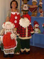 Santa Doll, Country Christmas, Ronald Mcdonald, Snowman, Christmas Crafts, Dolls, Papa Noel, Gold Christmas, Christmas Things