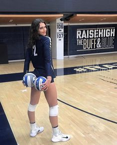 51 Random Photos That Will Blow Your Mind Today Volleyball Workouts, Volleyball Outfits, Volleyball Shorts, Volleyball Pictures, Beach Volleyball, Female Volleyball Players, Women Volleyball, Athletic Models, Athletic Women