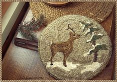 Snowy Pine Reindeer-looks like an easy to finish project Rug Hooking Designs, Rug Hooking Patterns, Primitive Crafts, Primitive Christmas, Punch Needle Patterns, Hand Hooked Rugs, Rustic Rugs, Penny Rugs, Rug Making