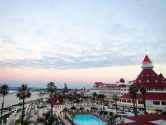 Sunset at Del Coronado Hotel, San Diego by Rox Photography:  https://www.roxbeachweddings.com/san-diego/