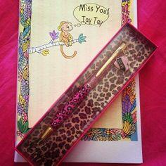 @taygangxo Worlds best grandparents bought me a #betseyjohnson #cheetah pen <3