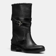 Zena Boot