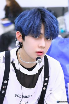 Yeonjun TXT Dijuluki Trainee Legendaris Big Hit, Begini Awal Mulanya – Hi, Tom! Rapper, Kpop Memes, Photo Sketch, Boyfriend Material, K Idols, Pop Group, Blue Hair, Foto E Video, Boy Bands