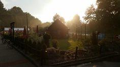 Bardo przystań o zachodzie słońca