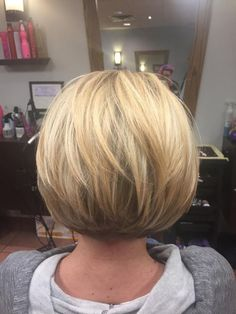 Attractive and Creative Hairstyles for Short Bob Hair - Page 2 of 4 Attraktive und kreative Frisuren Popular Short Hairstyles, Bob Hairstyles For Fine Hair, Layered Bob Hairstyles, Short Bob Haircuts, Creative Hairstyles, Fashion Hairstyles, Medium Stacked Haircuts, Wedge Hairstyles, Hairstyles 2016