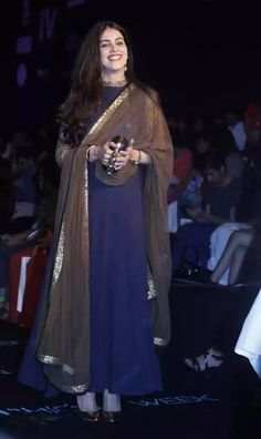 Photos: Bollywood celebs at the Lakme Fashion Week 2015 Day 2 Genelia D'Souza Deshmukh during Raghavendra Rathore's show at the Salwar Designs, Kurta Designs Women, Kurti Designs Party Wear, Blouse Designs, Churidhar Designs, Indian Attire, Indian Outfits, Indian Wear, Indian Dresses