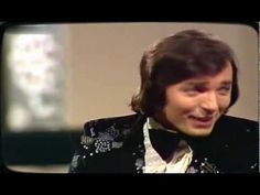 Karel Gott - Hol die Welt in dein Haus 1972 - YouTube