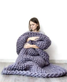 Klobige Decke. Strickdecke. Wolldecke von Bloisem auf DaWanda.com