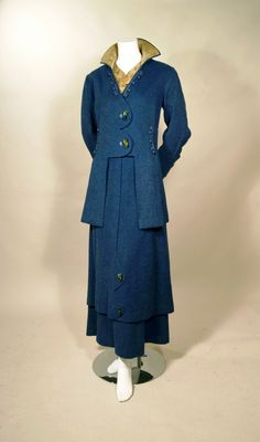 TWO PIECE 1910s VINTAGE TEAL MOHAIR PILE WALKING SUIT - PRINT SILK COLLAR INSET - M. RESNICK