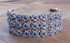 Cascade of Pearls free bracelet pattern on MyAmari.com #Seed #Bead #Tutorials