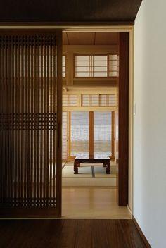 65 Ideas Japanese Sliding Door For 2019 Japanese Sliding Doors, Japanese Door, Japanese Modern, Japanese House, Japanese Interior Design, Japanese Home Decor, Interior Barn Doors, Interior And Exterior, Tatami Room