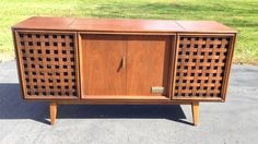 1960's Walnut Zenith Stereo Console Cabinet Empty No Electronics