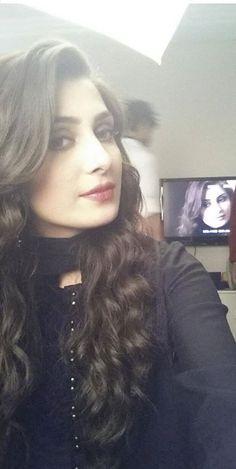 This Pin was discovered by bilal mughal. Discover (and save)… Pakistani Models, Pakistani Actress, Iranian Models, Mahira Khan Dresses, Ayeza Khan, Aiman Khan, Pakistan Fashion, Stylish Girl Pic, Cute Beauty