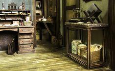 Incredibly Detailed Century Photo Studio In Miniature Charles Miner, Diy Photo Studio, Studio Build, Vitrine Miniature, Miniature Photography, Colossal Art, Barbie Furniture, Vintage Cameras, Miniature Fairy Gardens