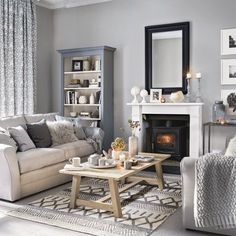 grey living room ideas for gorgeous and elegant spaces Pretty living room grey Ideal Home .ukPretty living room grey Ideal Home . Coastal Living Rooms, My Living Room, Small Living, Cosy Grey Living Room, Grey Room, Living Room Ideas Modern Grey, Ideas For Living Room, Grey Living Room Ideas Colour Palettes, Living Room Decor Colors Grey