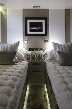 PEARL YACHT 75   #общественныйпроект Больше фотографий http://kelly-hoppen.ru/pearl-yacht-75-luxury-yacht