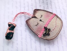 Keychain Pouches – Butterfly Cat with Fish Keychains Pouch/Case – a unique product by lilyhandmade on DaWanda